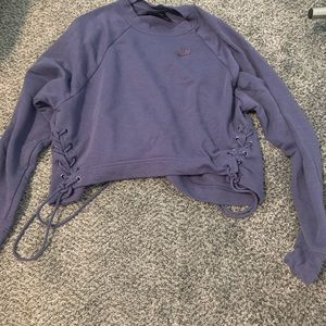 Nike long sleeve shirt xs blue/purple color